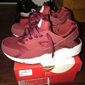 aceeb8bf1d Nike Shoes   Kids Maroon Huaraches   Poshmark